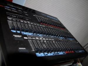 Another photo of the Roland PG-1000 LA Programmer