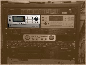 My Roland SC-8850, the flagship of the classic Sound Canvas line, in my audio rack.
